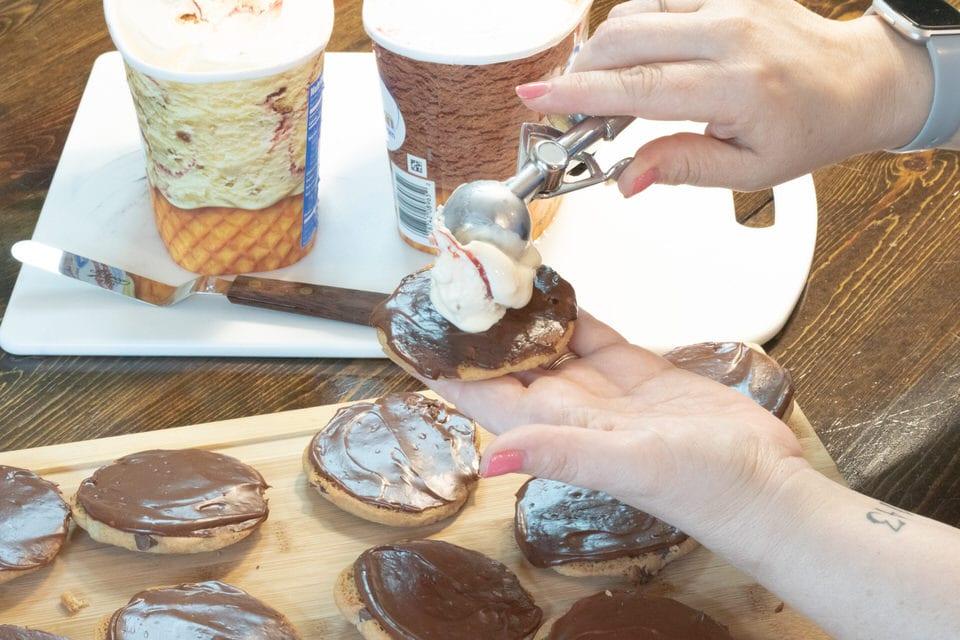 Ice Cream Sandwiches with Chocolate Ganache