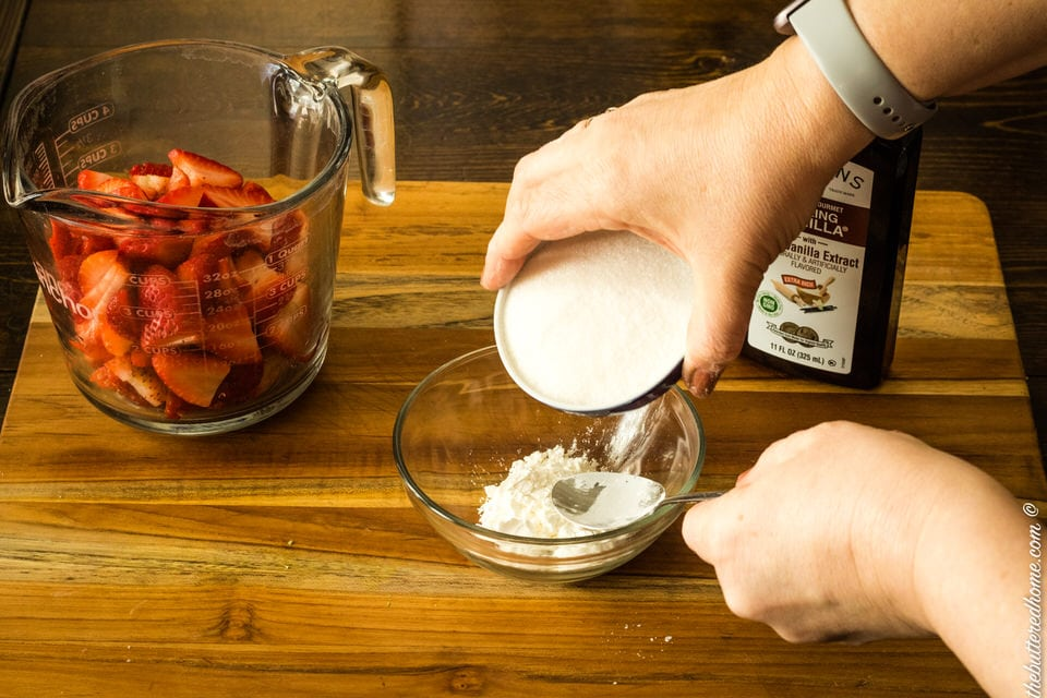 sugar and cornstarch mixture for strawberries