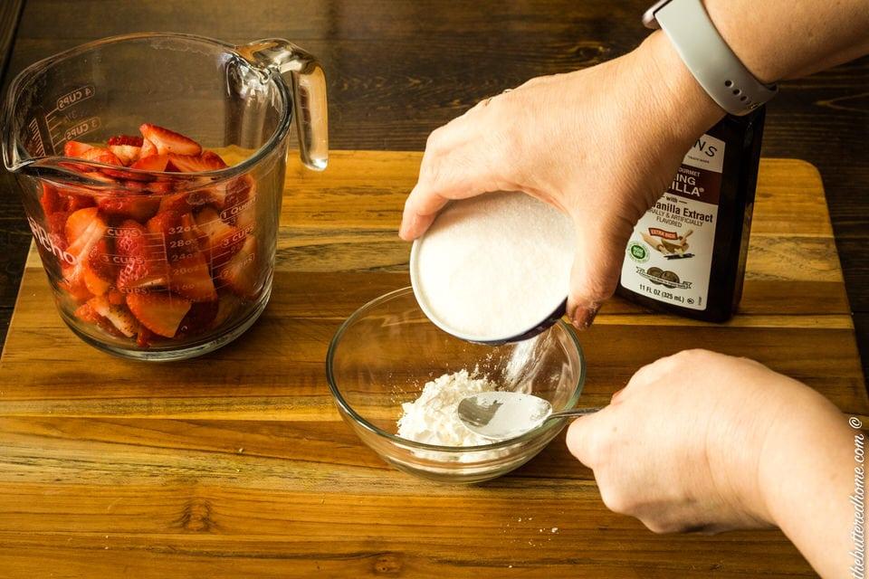 sugar and cornstarch mixture for strawberries