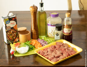 smothered beef tips ingredients